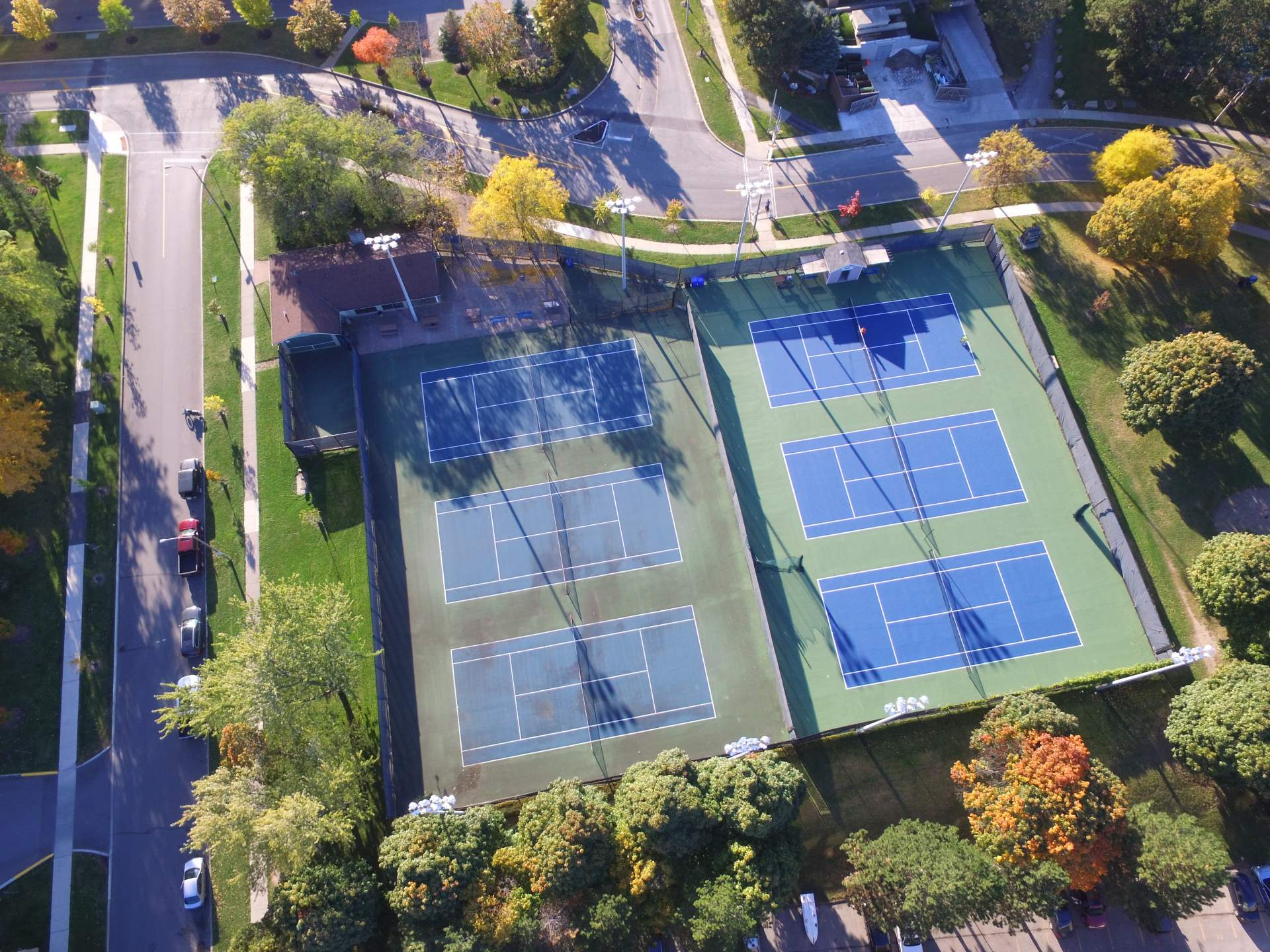 Tennis court resurfacing & restoration